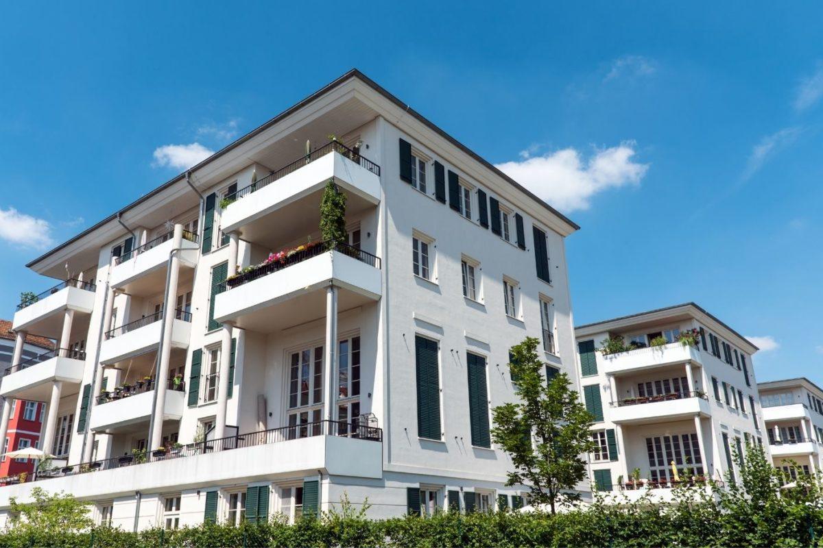 Mehrfamilienhaus verkaufen aber richtig – Das sollten Sie beachten