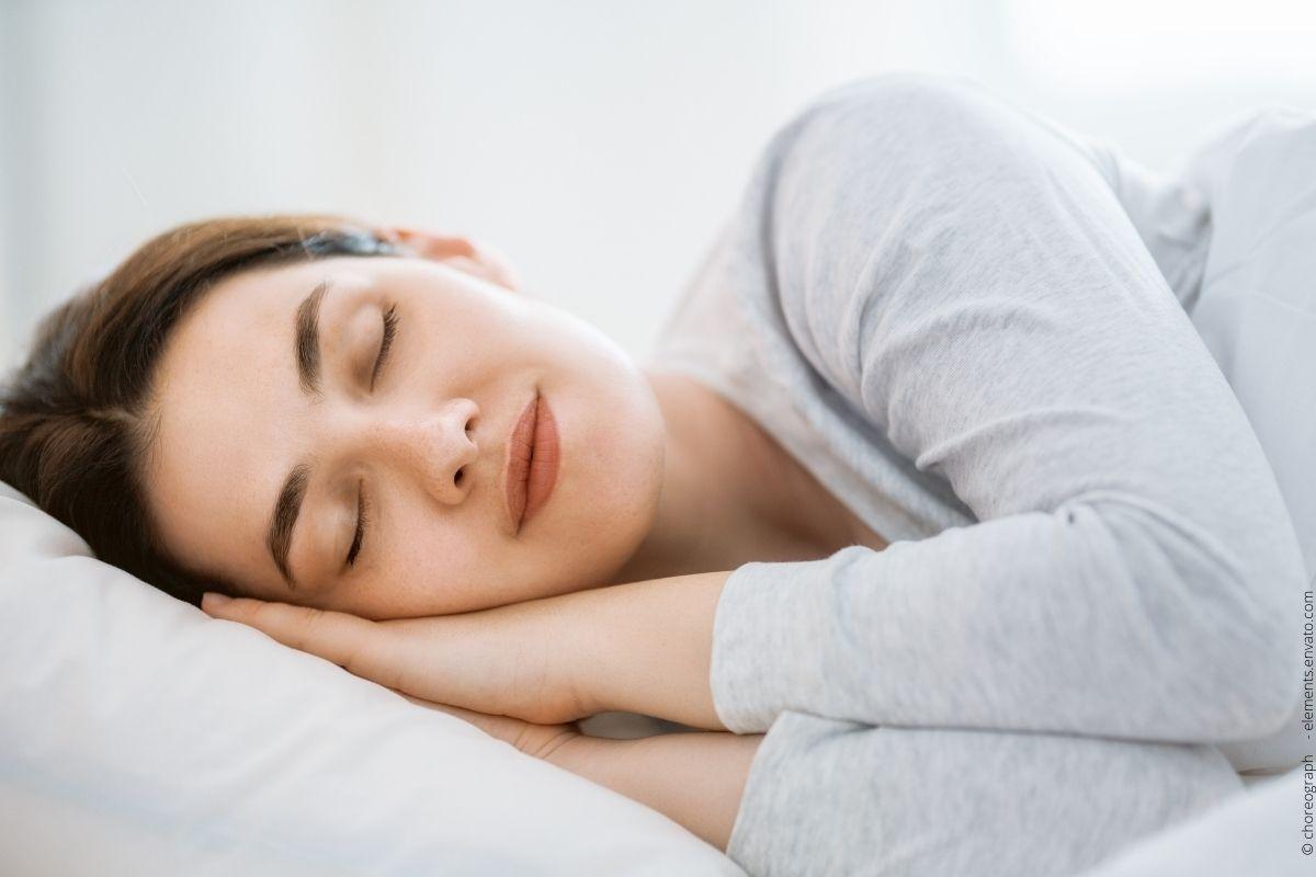 So machen Sie Ihr Schlafzimmer zur Wohlfühloase bei Schlafapnoe